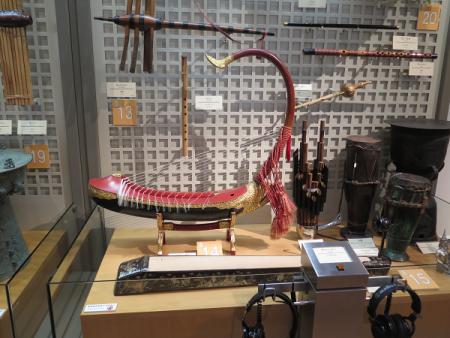 楽器博物館 サウン・ガウ