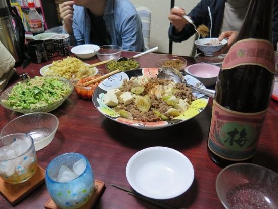 肉豆腐、パパヤーチャンプルー、ミミガー