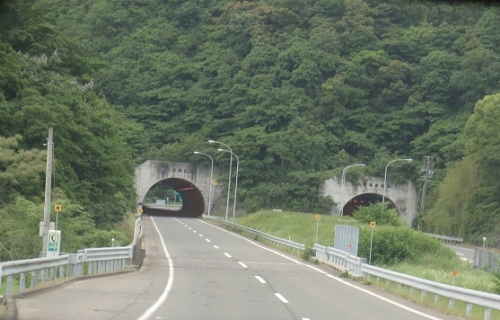 切山トンネル