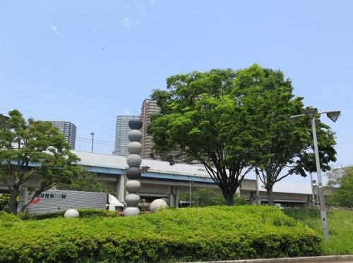 東雲駅そば