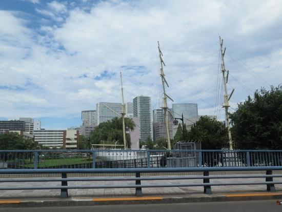 東京海洋大学 明治丸