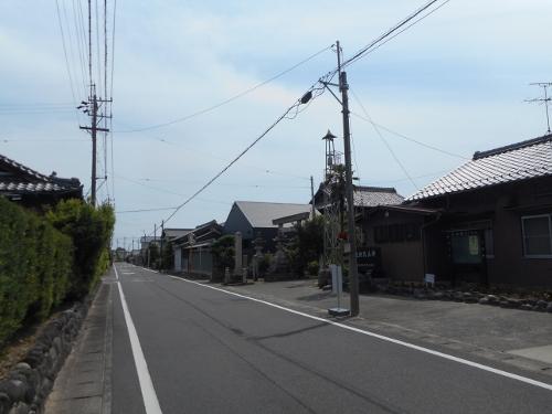 巡見街道 稲沢市平和町丸渕