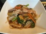海鮮と季節野菜のあんかけ焼きそば