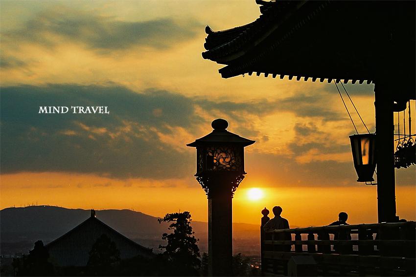 東大寺 二月堂より大仏殿を望む