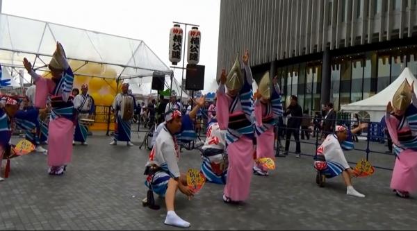 神戸楠公連 うめきたフェスティバル2016 阿波踊り ペア踊り