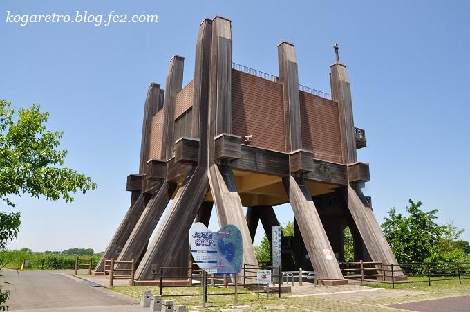 遊水地のウォッチングタワー