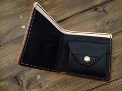 二つ折り財布内側ホック201604113