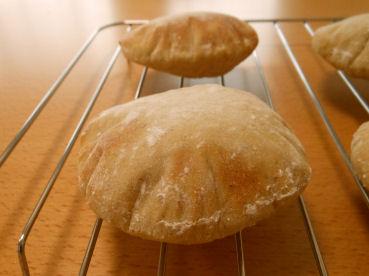 201607  蕎麦粉のポケットパン2