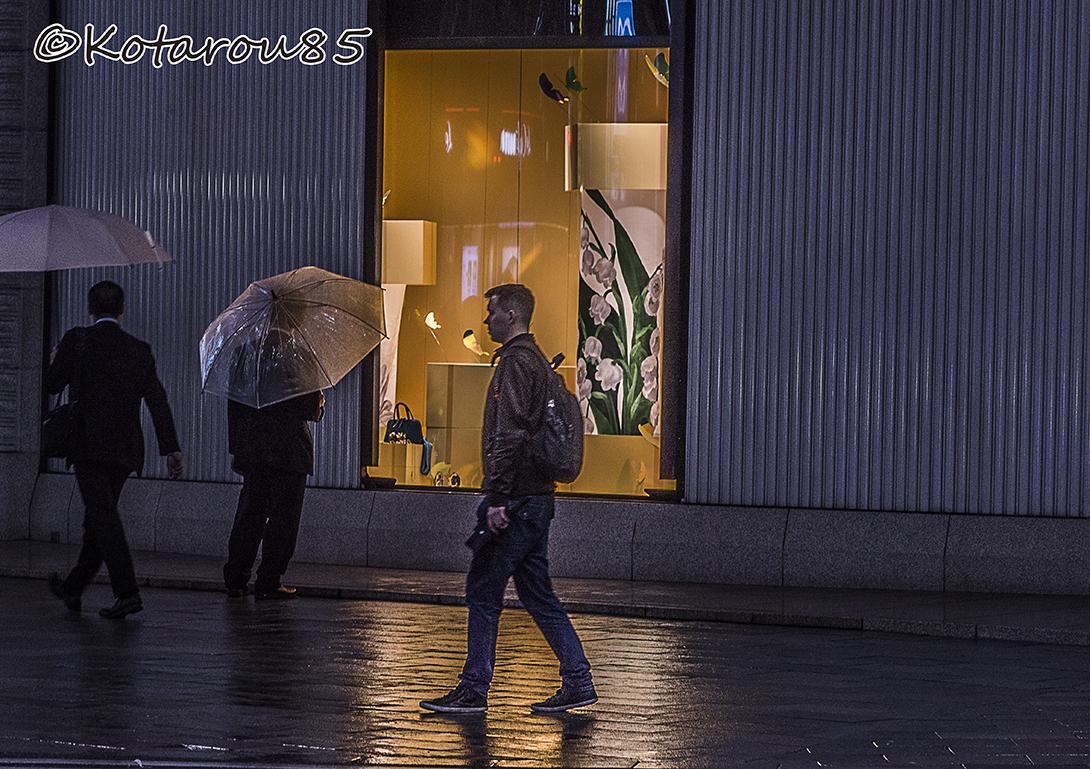 雨の四丁目交差点2 20160429