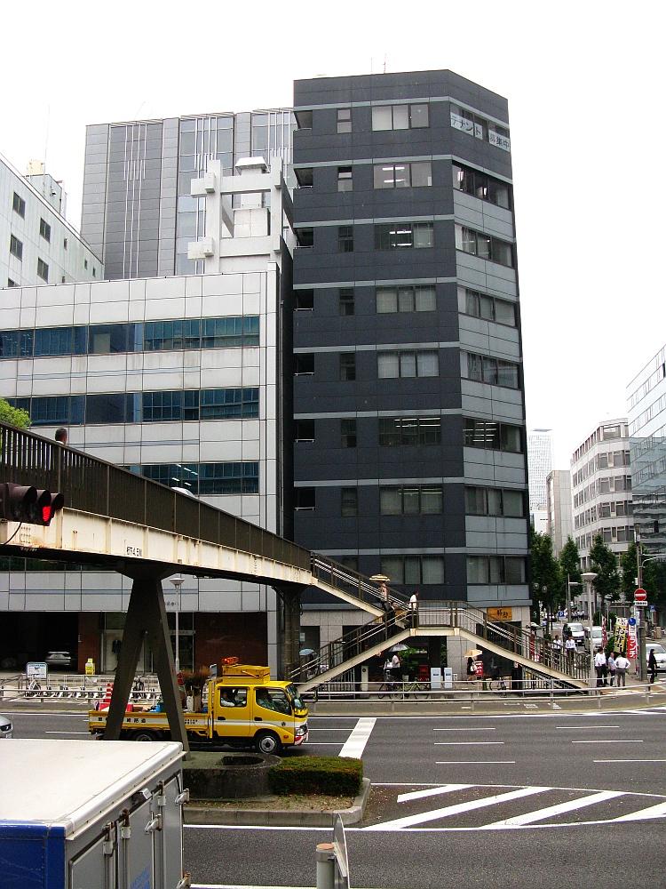 2015_06_11伏見:炭焼ぶた丼 豚郎 (2)