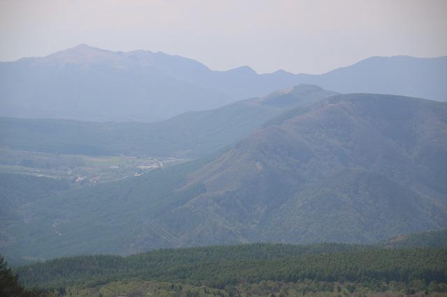 牧場からの山