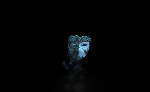 仮面は落ちて、そして砕けた