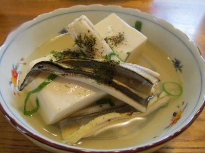 アナゴと豆腐の煮込み鍋小鉢4