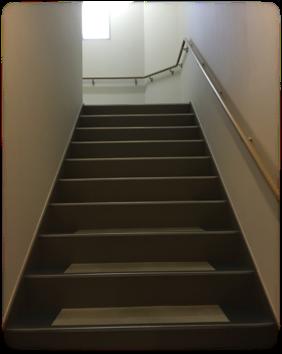 階段の高さ