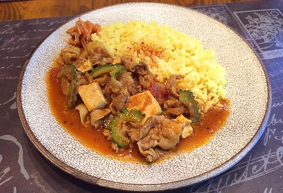 ゴーヤと豆腐の夏カレー