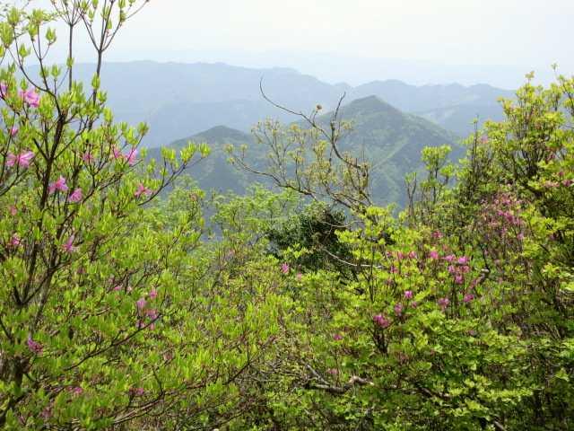 IMG2779JPG一の岳より刈又山三陀山