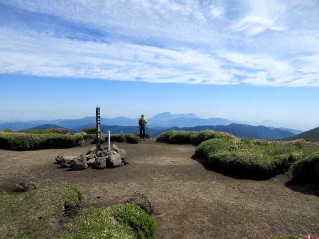 IMG3430JPG三俣山本峰