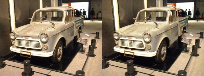 江戸東京博物館 日産自動車 ダットサントラック G222型(平行法)