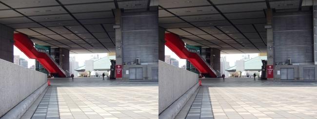 江戸東京博物館外観③(交差法)