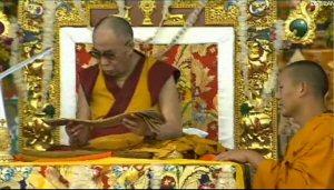 01a 300 Dalai Lama