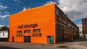 01b 300 Self Storage