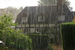 01a 300 torrential rain cotage