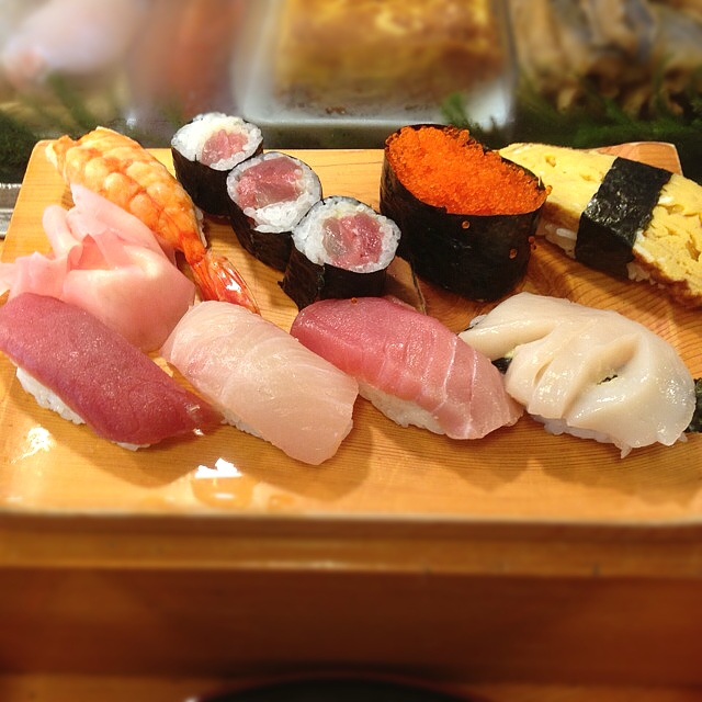 寿司屋の客「おあいそ!(ドヤッ」