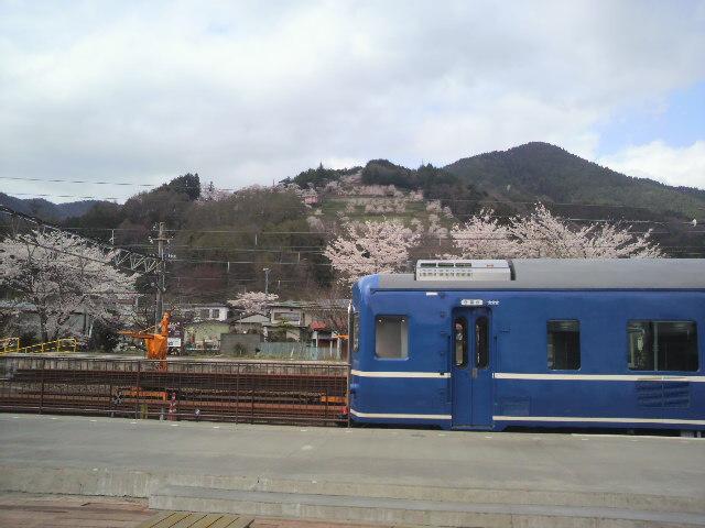下吉田の駅(~新倉山)