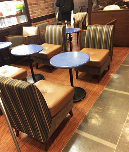 【千葉駅】駅から少し離れた静かなカフェ - Bourbon