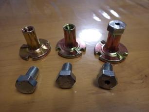 カシメ冶具