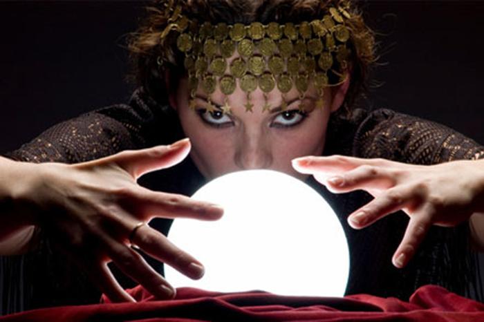 有能な占い師、霊能者は悲惨で哀れな末路を送る。