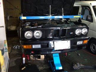 BMWジャッキアップ
