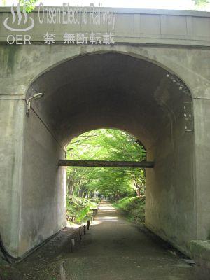 k_sanada_04_kouenmae-kitaote_02.jpg