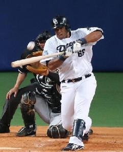 【中日】ビシエドが第5号3点本塁打、能見をKOに追い込む