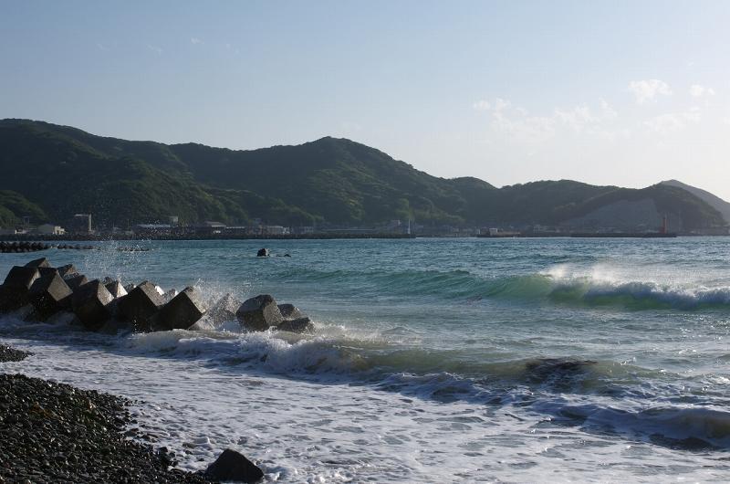 和歌山 産湯海岸 波