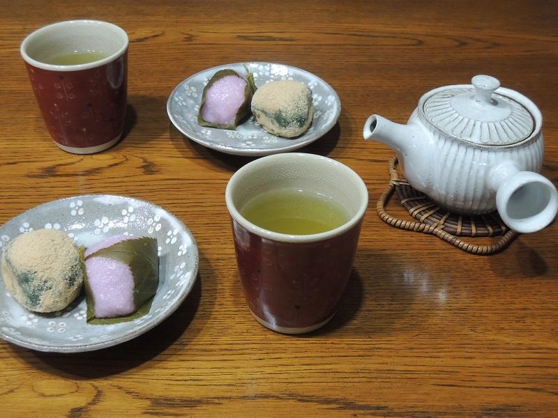 桜餅とウグイス餅 その1