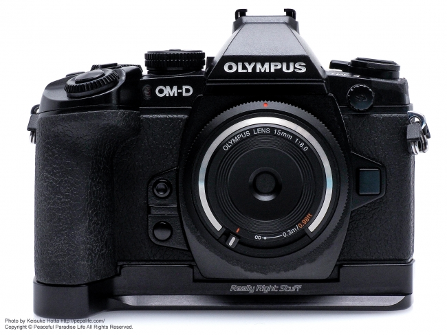 RRS (Really Right Stuff) plate for OM-D E-M1 装着 正面