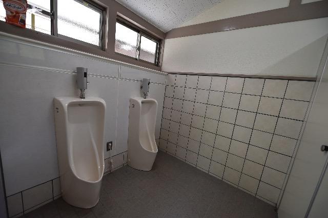 トイレ(中)