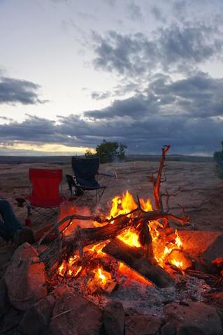 campfire_01.jpg