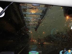 豪雨、雷雨