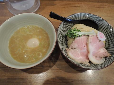 鶏つけ麺(850円)