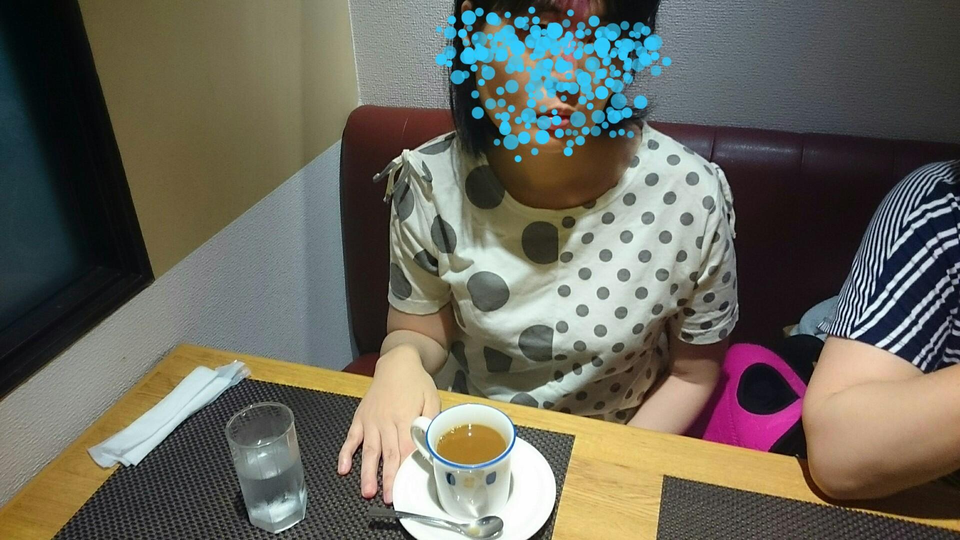 ピザ&パスタの店でコーヒーをまさよさん!