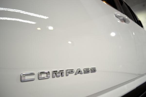 compass-08.jpg