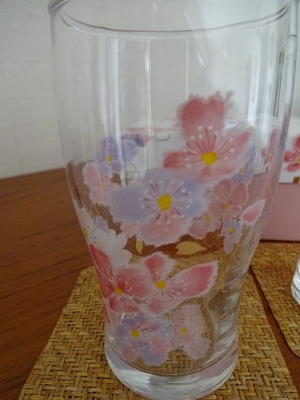 桜のグラス