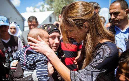 Queen-Rania-Greece.jpg