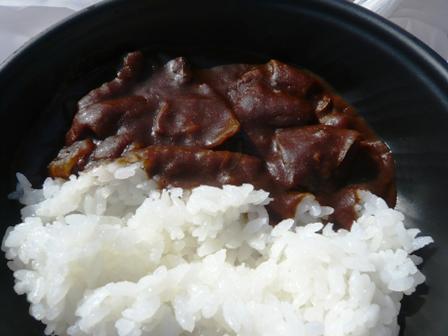 肉フェス:清水モツカレー