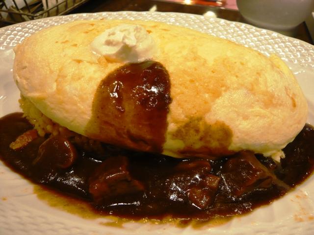 卵と私:スフレオムライス;ビーフとマッシュルームのデミグラスソース2