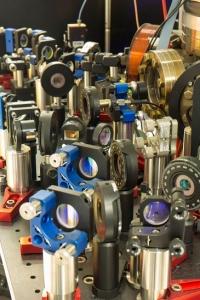 single calcium atom engine