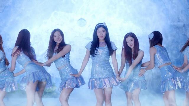 Jellyfishgirls-0118.jpg