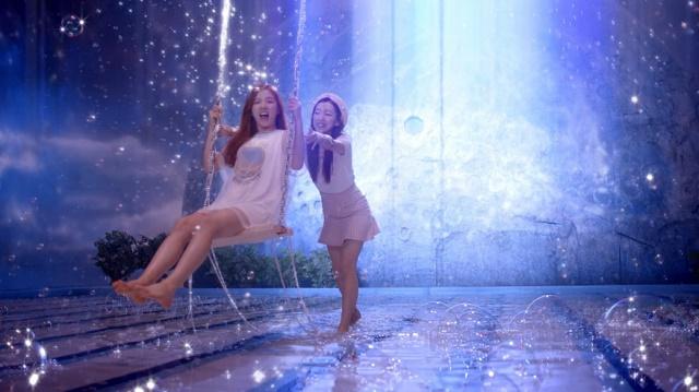 Jellyfishgirls-0134.jpg